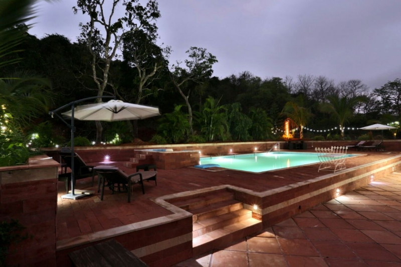 Portuguese house for sale in goa bungalows apartments - Guest house in goa with swimming pool ...